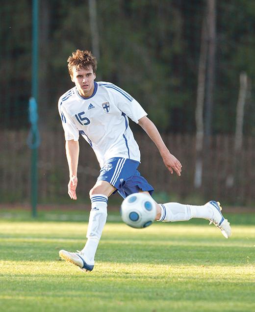 Suomalaisia Jalkapalloilijoita